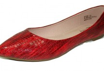 Available Colors: Red Croco Available Size Runs: E only Minimum order: 1 pre-packed case containing 1 style and color.
