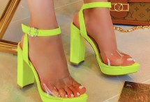 Available Colors: NEON YELLOW Available Size Runs: B & C Minimum order: 1 pre-packed case containing 1 style and color.